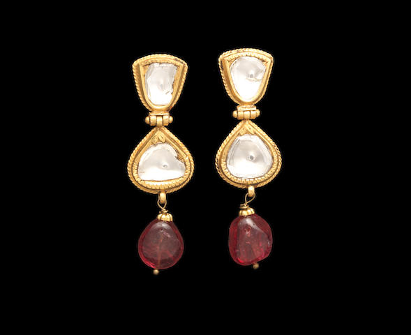 A pair of diamond-set enamelled gold pendent Earrings India, 20th Century(2)