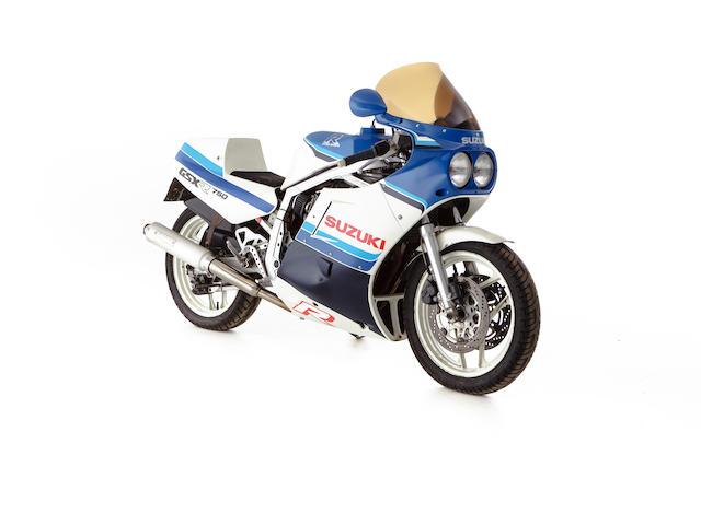 1985 Suzuki GSX-R750 Frame no. GR75A-110974 Engine no. R705-101208
