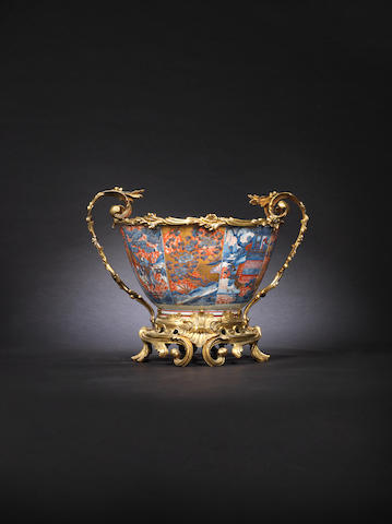 A fine and large blue and white and enamelled ormolu-mounted bowl 18th century, the mounts later