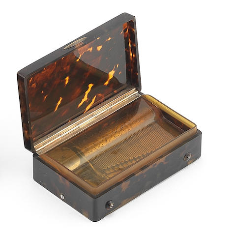 A sectional comb tortoiseshell musical snuff box, Swiss, circa 1830,