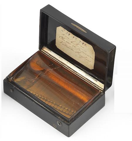 A gilt brass and tortoiseshell musical snuffbox, Swiss, circa 1830,
