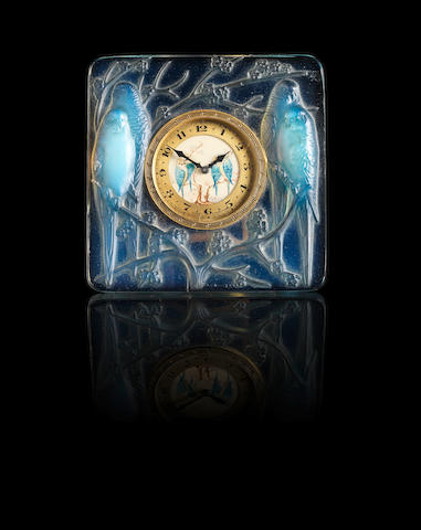 Rene Lalique `Inseperables' an Opalescent Glass Timepiece, design 1926