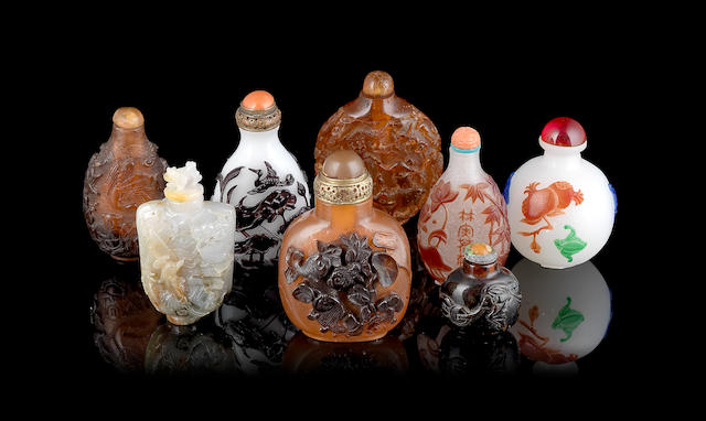 A small collection of eight snuff bottles, 19th/20th century