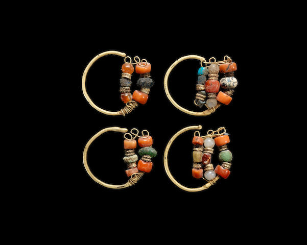 Two pairs of gold and bead earrings 4