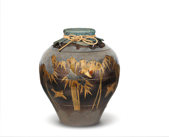 An unusual and fine lacquer jubako (tiered box) and cover in the form of a chatsubo (tea jar) By Nakayama Komin (1808-1870), mid 19th century