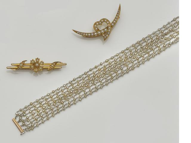 A collection of Victorian and later jewellery (11)