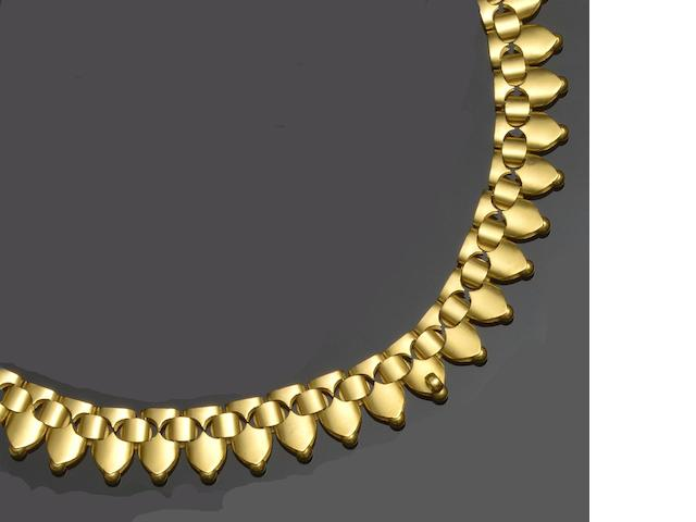 A Victorian 15ct gold collar necklace