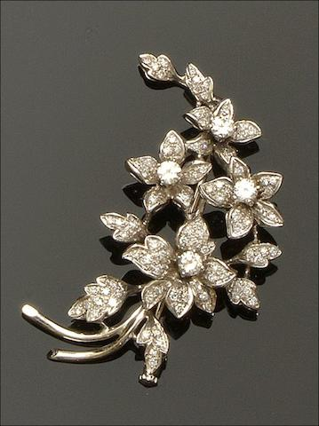 Cropp & Farr: An 18ct white gold diamond floral spray brooch