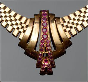 A ruby set  necklace