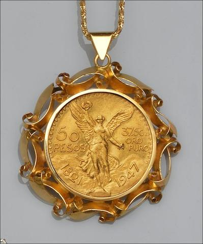 A Mexican Centenario gold coin pendant on chain