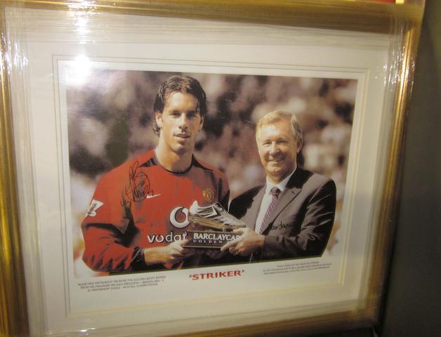 'Striker' Ruud Van Nistelrooy hand signed print