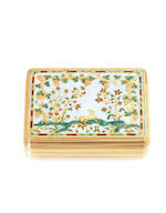 A fine and rare early 18th century gold-mounted Frommery-type enamel snuff box mounts unmarked, London circa 1720