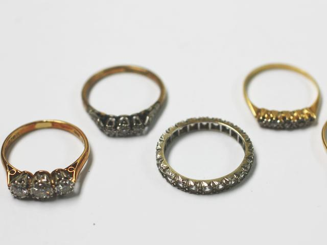 A collection of diamond and gem set rings, (5)