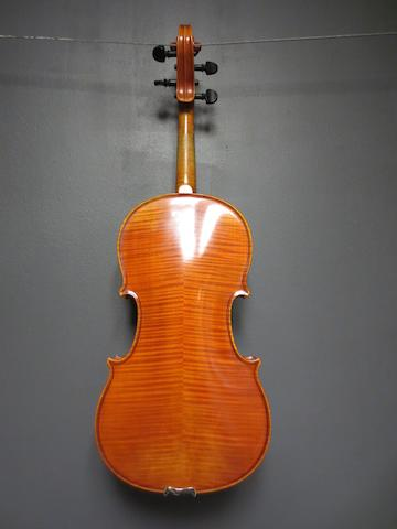 A Viola ascribed to Paul Kunze, Haag, 1950 (1)