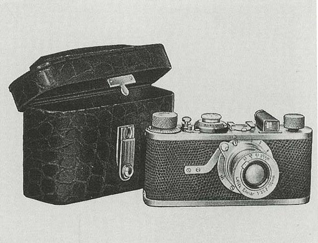 An extraordinarily rare Leica Luxus II, 1932,