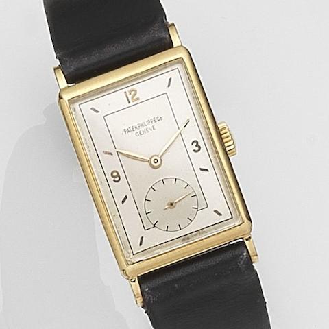 Patek Philippe. An 18ct gold manual wind wristwatch Ref:1443, Case No.644***, Movement No.839***, Circa 1942