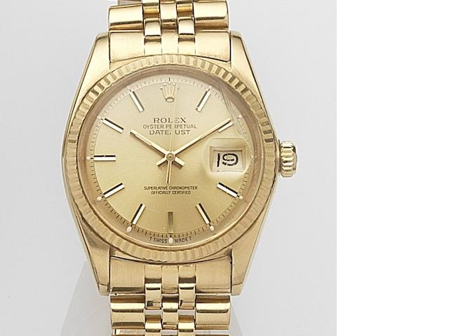 Rolex. An 18ct gold automatic calendar bracelet watch Datejust, Ref:1601, Serial No.347****, Movement No.D14****, Circa 1972