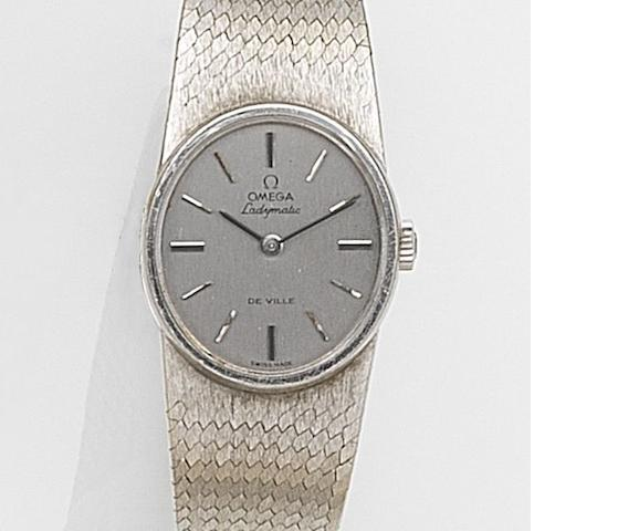 Omega. A lady's 18ct white gold automatic bracelet watch Ladymatic De Ville, Ref:8316, Case No.023, Movement No.34165417, London Hallmark for 1975