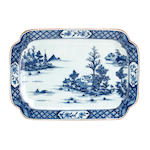 Three items of export blue and white 18th/19th century