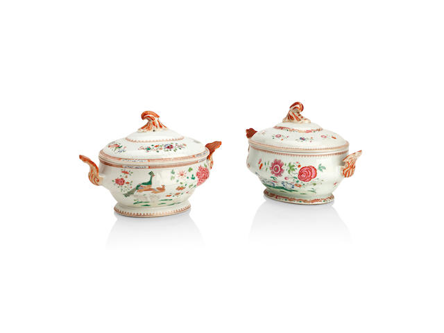 A matched pair of famille rose tureens and covers Late 18th/early 19th century