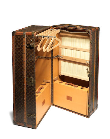 LOUIS VUITTON: An impressive early 20th century travelling 'Malle Armoire' trunk circa 1920