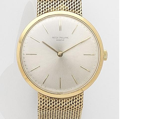 Patek Philippe. An 18ct gold manual wind bracelet watch Calatrava, Ref:3484, Case No.265****, Movement No.115****, Circa 1957