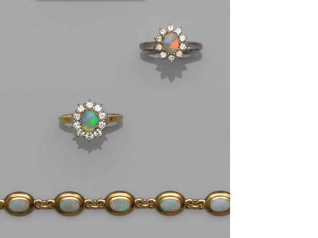 A small collection of opal jewellery (3)