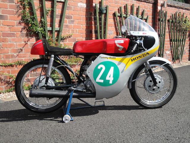 c.1964 Honda CB160 RC162 Replica Racing Motorcycle Engine no. CB160E-1011119