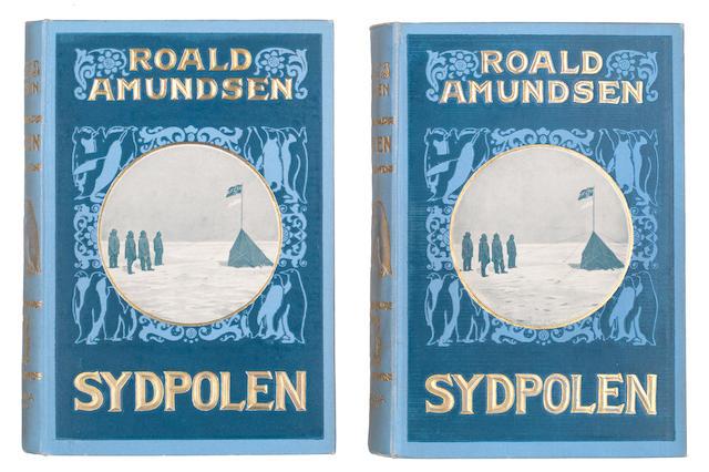 AMUNDSEN (ROALD) Sydpolen. Den Norske Sydpolsfærd med Fram 1910-1912, 2 vol., Oslo, Jacob Dybwads, 1912