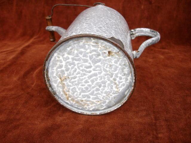 A 2 litre priming tap kettle, circa 1900,