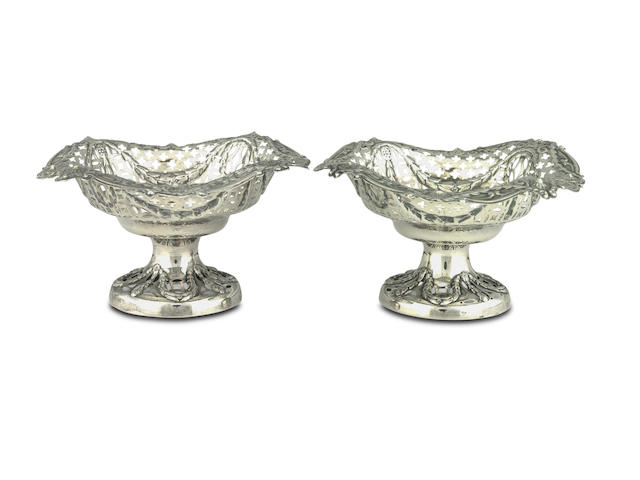 A pair of silver bon bon dishes Chester 1910