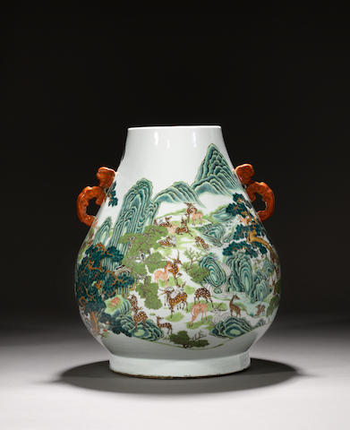 A fine and large famille rose 'hundred deer' vase, hu Late Qing dynasty, Qianlong seal mark