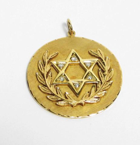 A diamond medallion