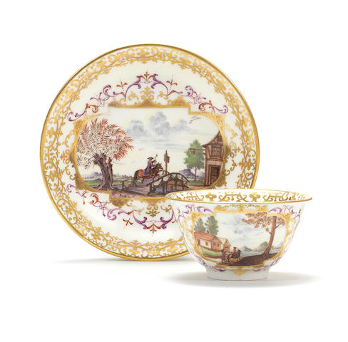 A Meissen teabowl and saucer, circa 1725