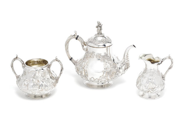 A Victorian silver matched three-piece tea service by Robert Hennell III, London 1863 (3)