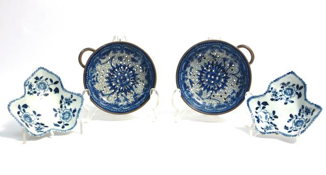 A pair of Liverpool pickle dishes and pair of pearlware egg drainers Early 19th century
