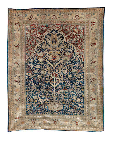 A Heriz silk prayer rug, North West Persia, 172cm x 129cm
