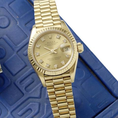 Rolex. A lady's 18ct gold and diamond set automatic calendar bracelet watch  Datejust, Ref:69178, Serial No.L95****, Circa 1989