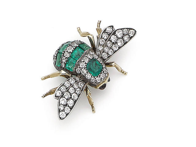 An emerald, ruby and diamond bee brooch/hair ornament,