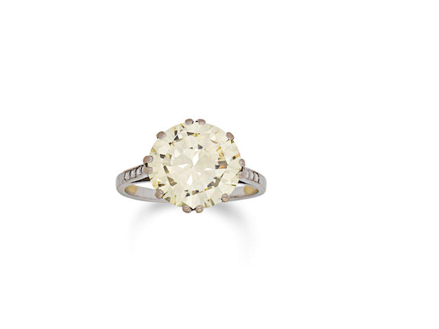 A diamond single-stone ring