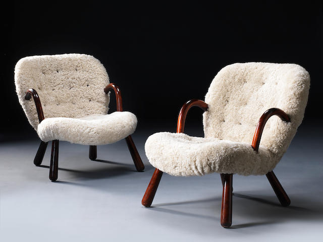 Philip Arctander for Nordisk Staal & Møbel Central Pair of Clam chairscirca 1944stained beech and wool Height: 76 cm.29 15/16 in.