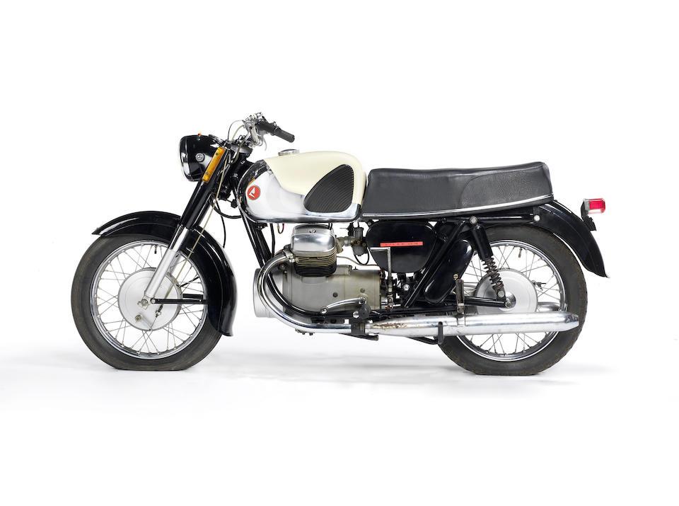1961 Lilac 250cc LS-18 Frame no. F1-617748 Engine no. E1-14808