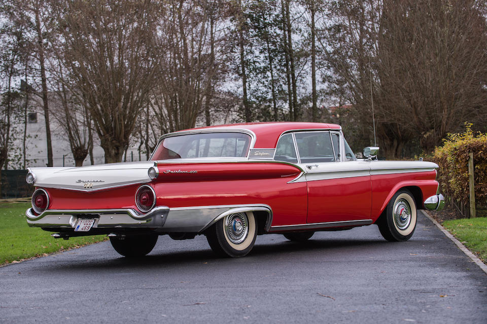 1959 Ford Fairlane 500 Galaxie Skyliner cabriolet