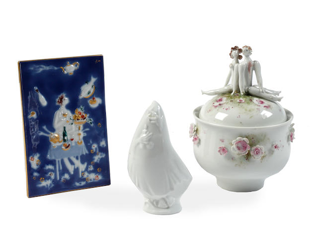 A contemporary Meissen sugar bowl and cover