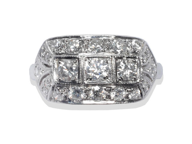 An Art Deco style diamond ring