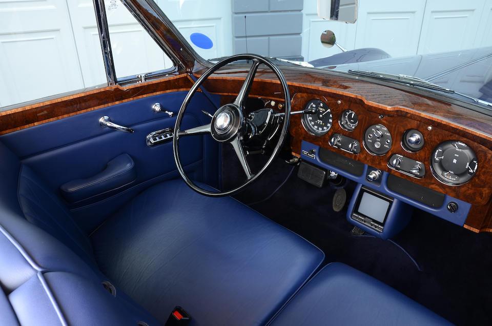 Achetée neuve en 1963 par Bill Harrah,1963 Rolls-Royce Phantom V limousine