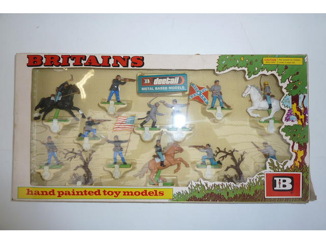 Britains plastic Deetail series 400 approx