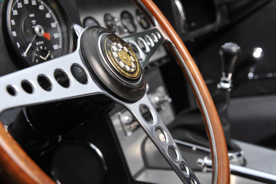1961 Jaguar Type E série 1 Roadster 'plancher plat'