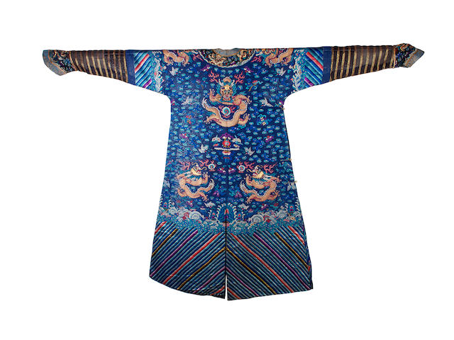 A Chinese embroidered dragon robe, 19th century