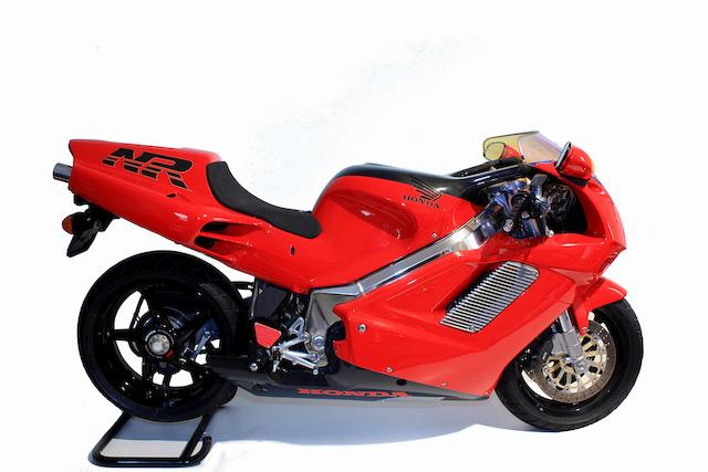 2,679 kilometres from new,1993 Honda NR750 Frame no. RC40-2000094